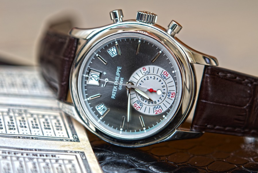 Patek Philippe 5960P annual calendar hands on - Govberg - Perpetuelle