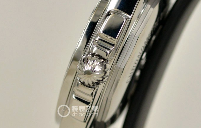 Tasting Breitling Galactic 36 Landis edition diamond watch (3)