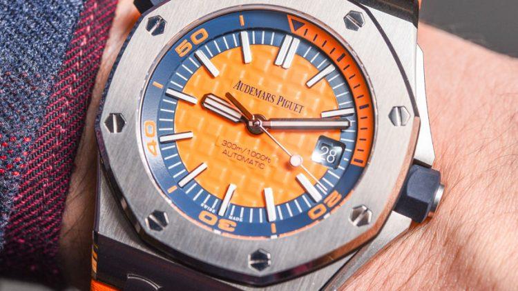 How To Buy Audemars Piguet Royal Oak Offshore Diver 'Funky Colour Edition' Watches For 2017 Hands-On Perfect Clone Online Shopping
