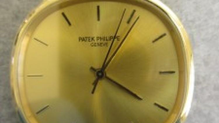 Service: Replica Patek Philippe calibre 350i Watches