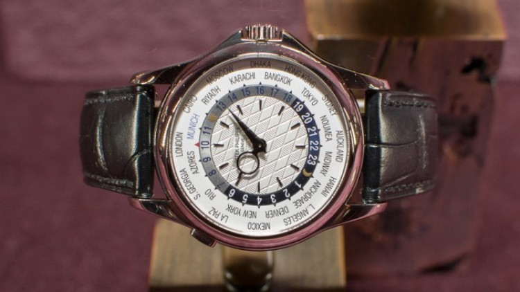 Replica patek philippe world time