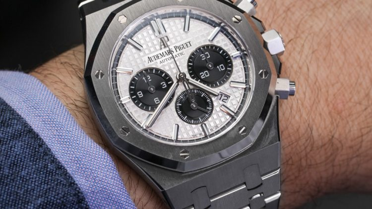 Cheapest Audemars Piguet Royal Oak Chronograph Watch In Steel Hands-On Replica Watches Buy Online