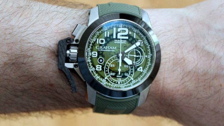 Replica Trusted Dealers Graham Chronofighter Oversize Target Watch Review